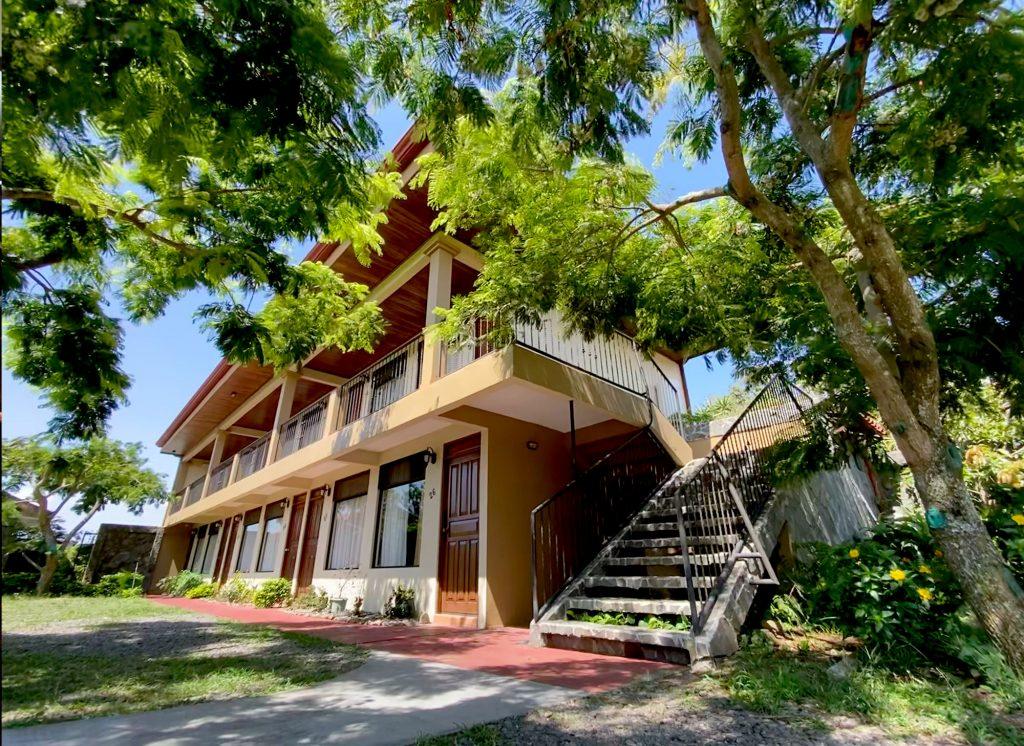 Fachada Habitaciones Guadalupe